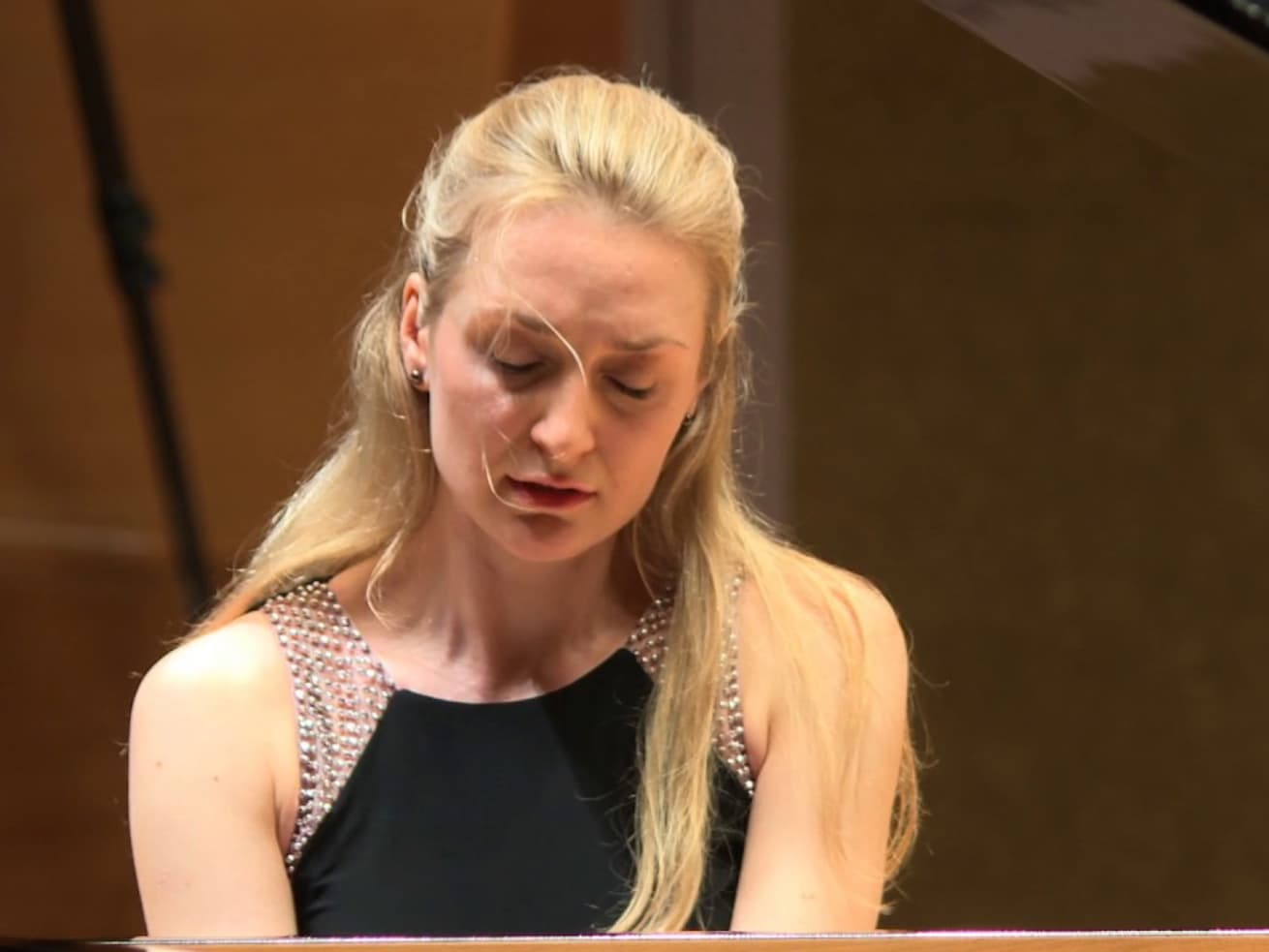 Masha Yulin Piano