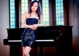 Maya Ando, piano