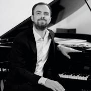 Sam Armstrong - piano